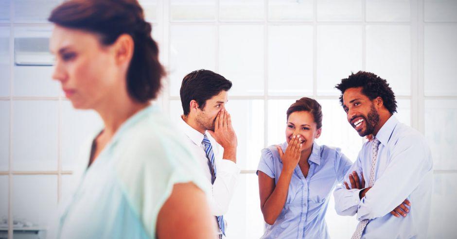 ¿Cómo se viraliza el acoso laboral?