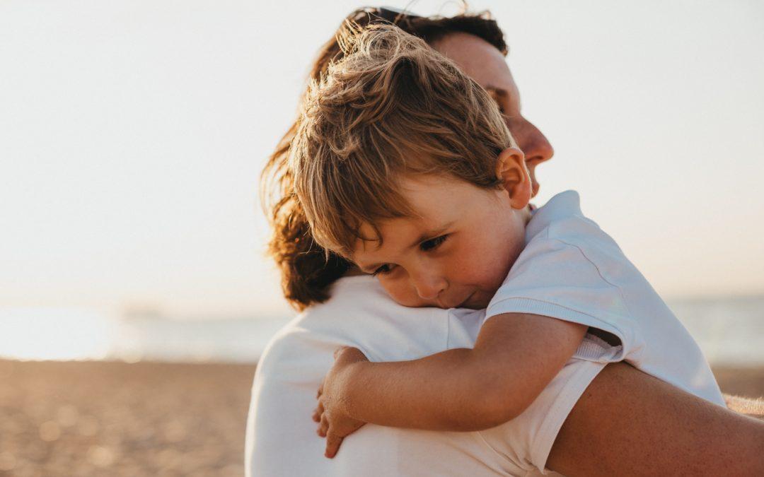 Mi hijo o hija rechaza a mi nueva pareja, ¿qué puedo hacer?