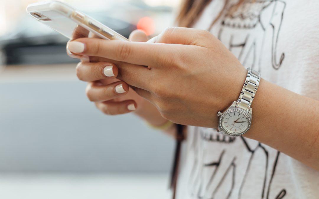 Los riesgos de la sociedad hiperconectada: el sexting y el grooming online